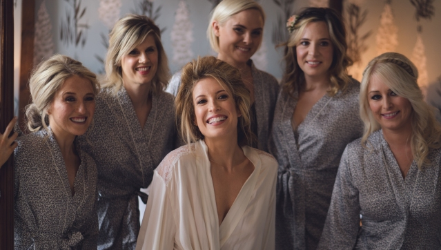 bride-manchester-bridesmaids